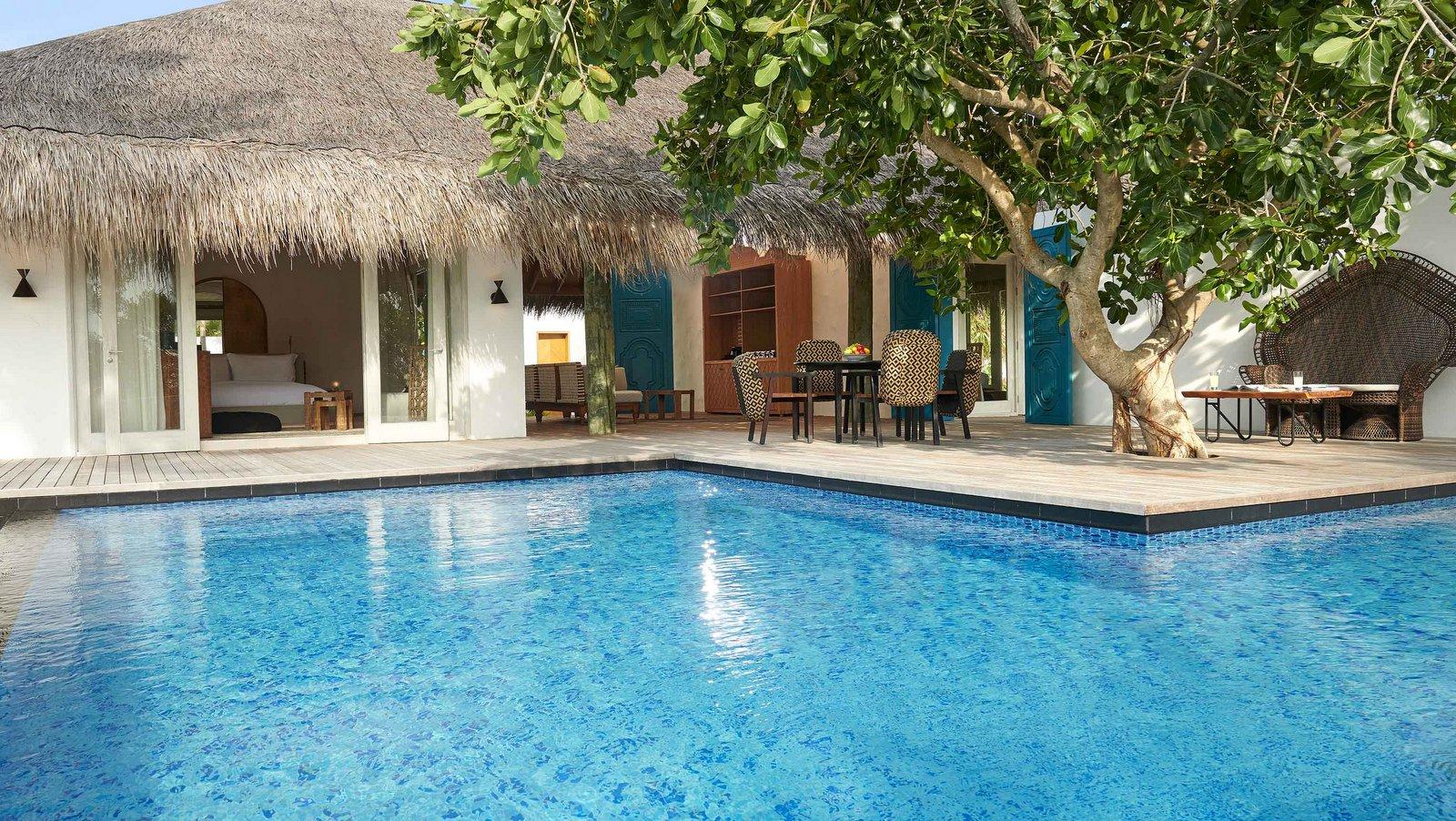 Мальдивы, отель Fairmont Maldives Sirru Fen Fushi, номер Two Bedroom Beach Sunset Villa