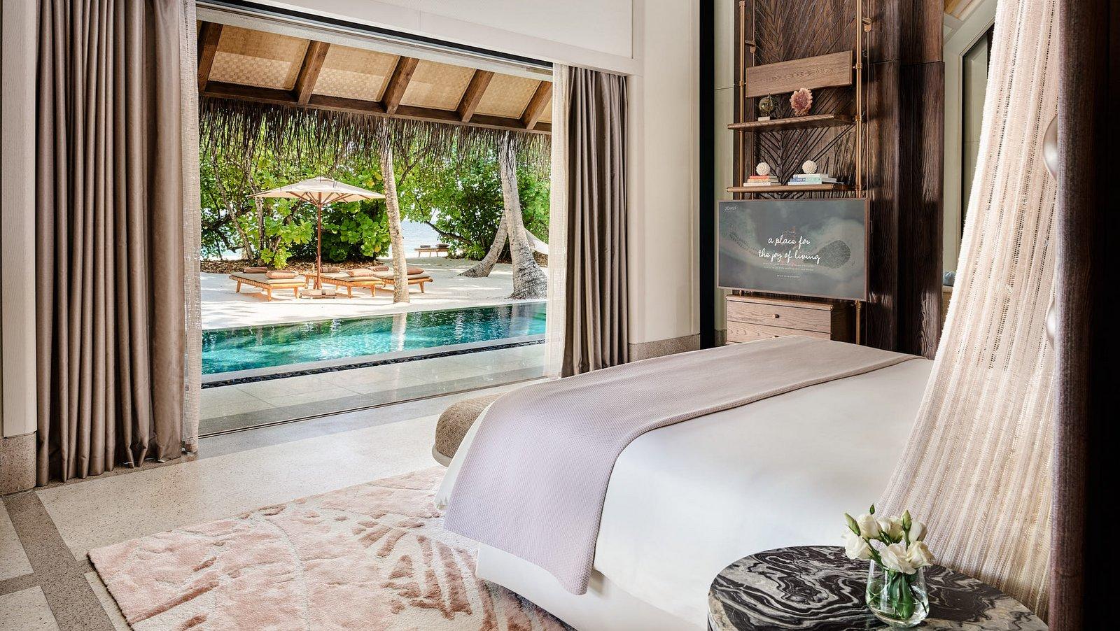 Мальдивы, отель Joali Maldives, номер Two Bed Room Luxury Beach Villa with Two Pool