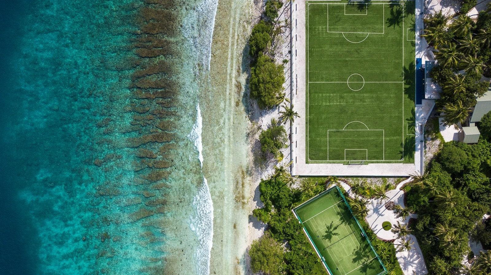 Мальдивы, отель Kandima Maldives, стадион