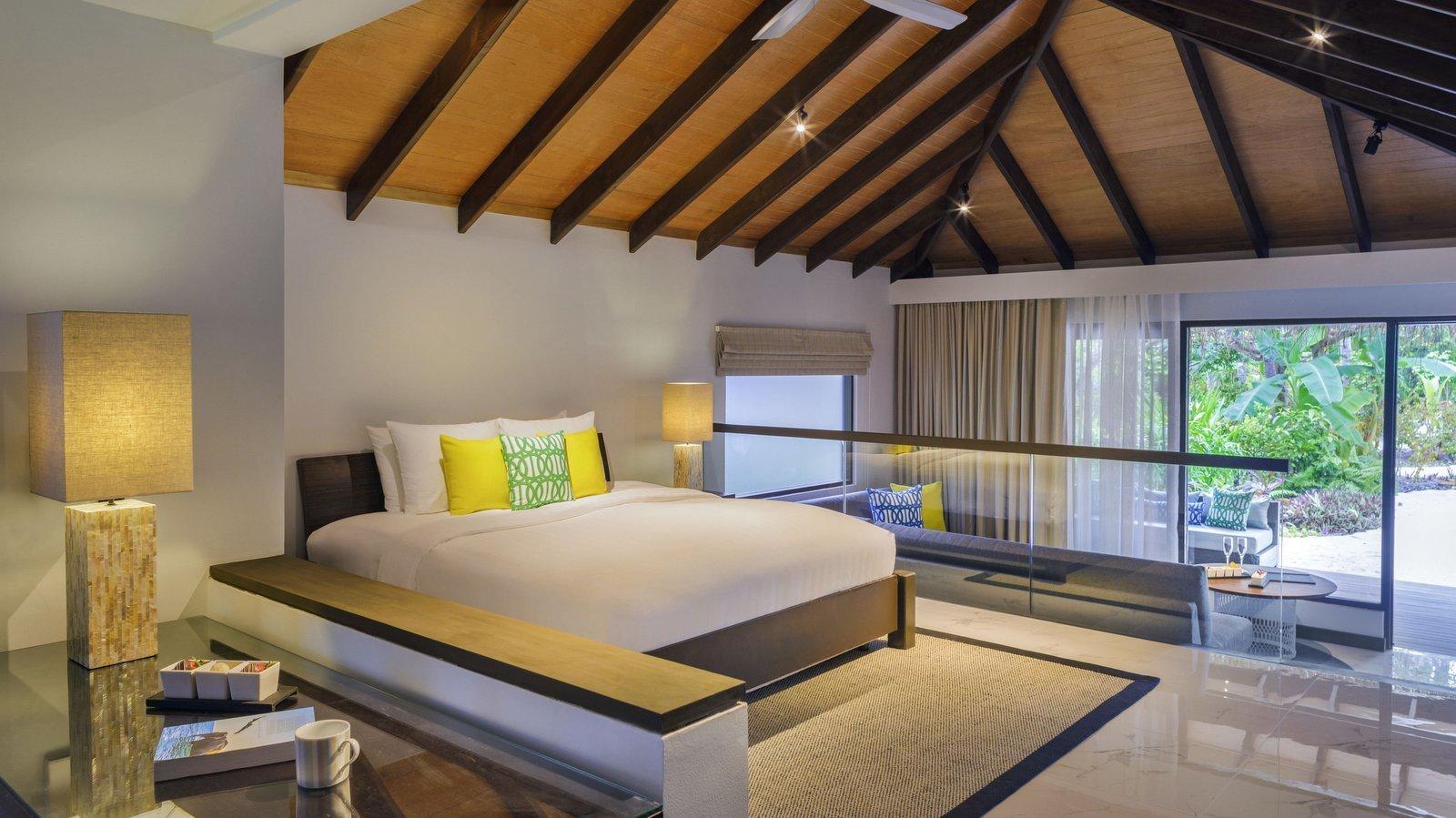 Мальдивы, отель Velassaru Maldives, номер Deluxe Villa
