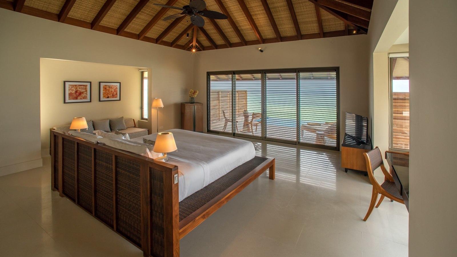 Мальдивы, отель The Residence Maldives at Dhigurah, номер Water Pool Villa