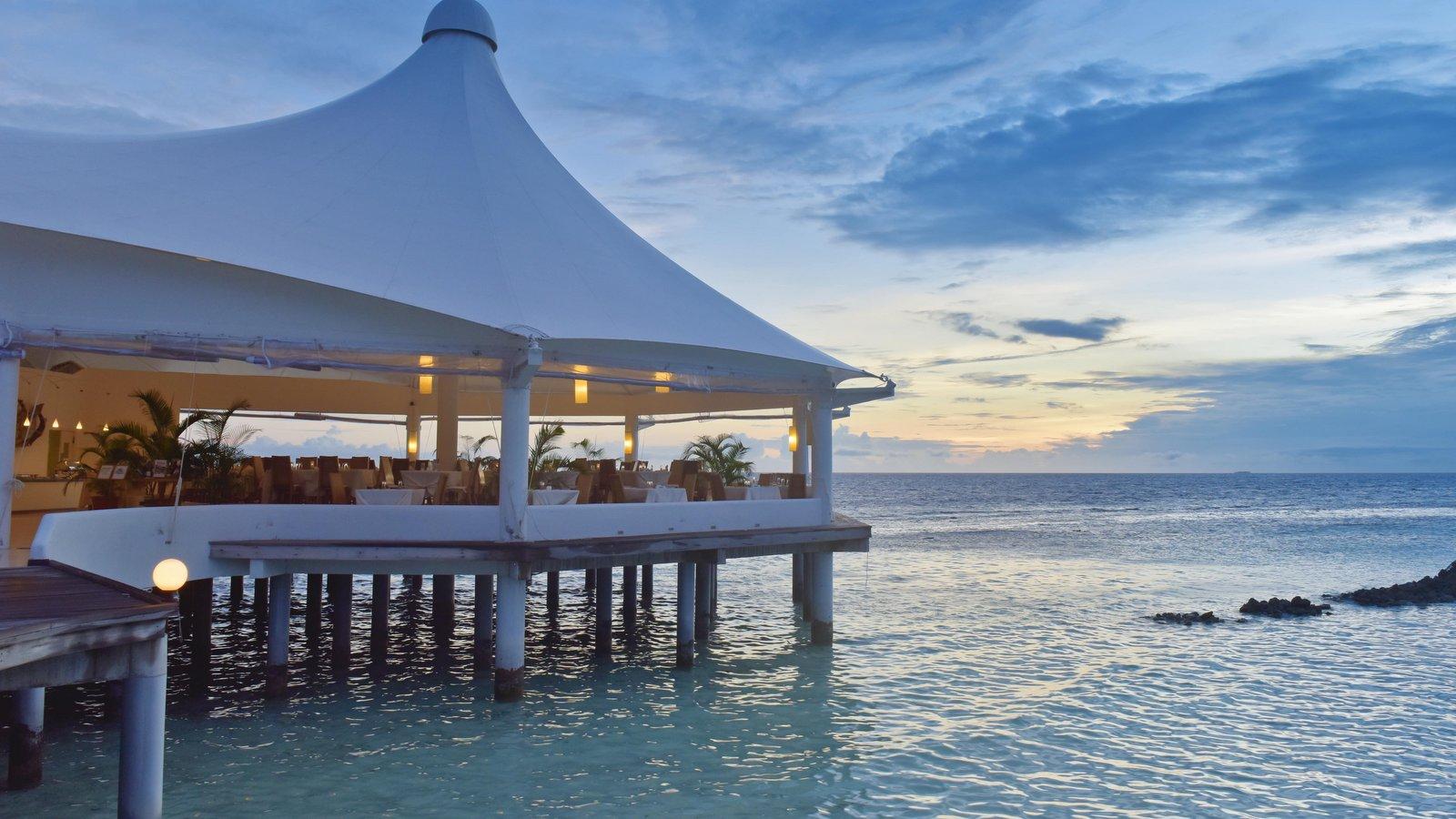 Мальдивы, отель Safari Island Resort & Spa, ресторан
